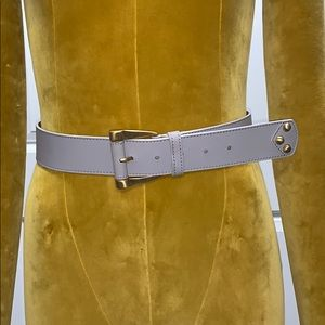 MaxMara women's light gray leather belt.